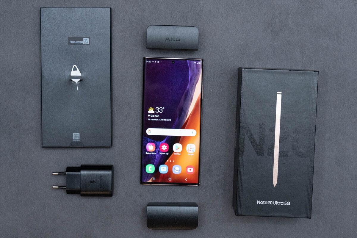 Samsung Note 20 Ultra 5G nổi bật với thiết kế hiện đại