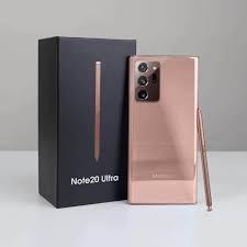 Phần camera của Note 20 Ultra có phần nhỏ gọn hơn