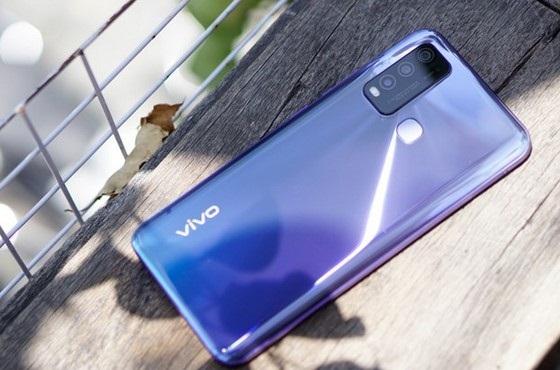Camera của Vivo Y50 không chê vào đâu được